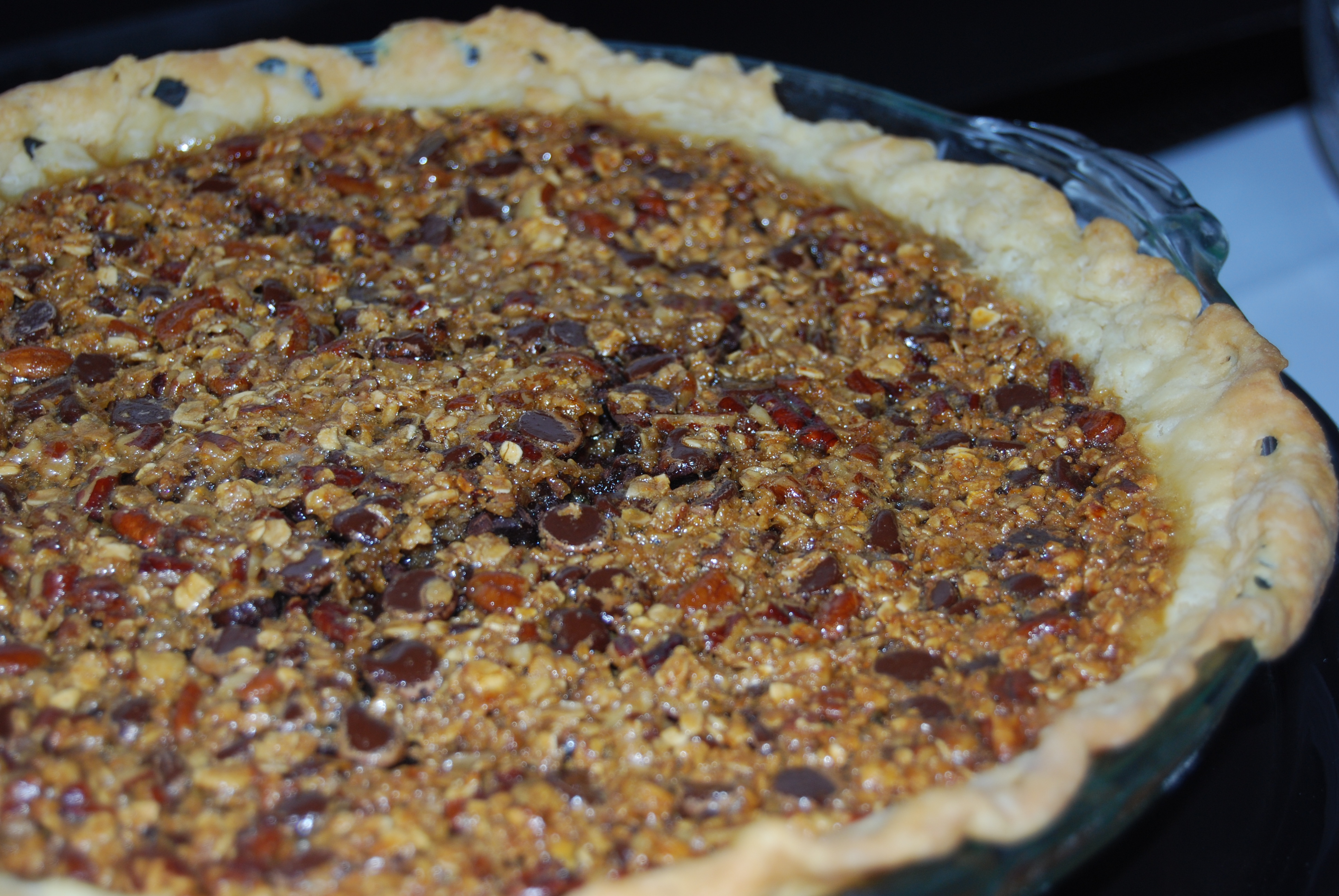 Chocolate Chip Oatmeal Pecan Pie - Macaroni and Cheesecake