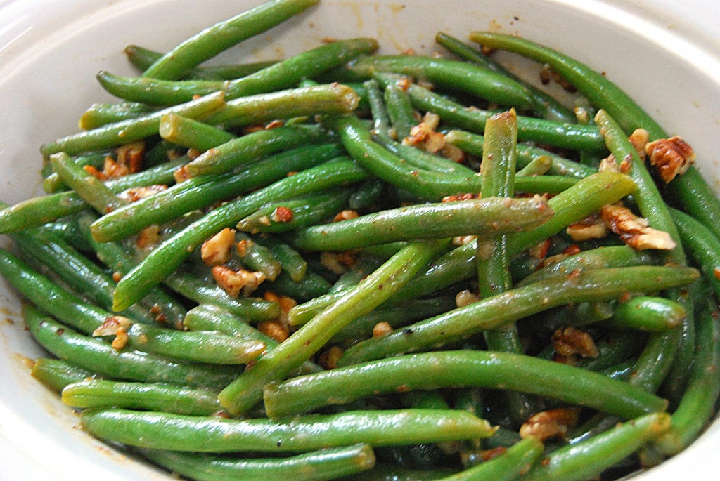 Green Beans with Maple Pecan Vinaigrette