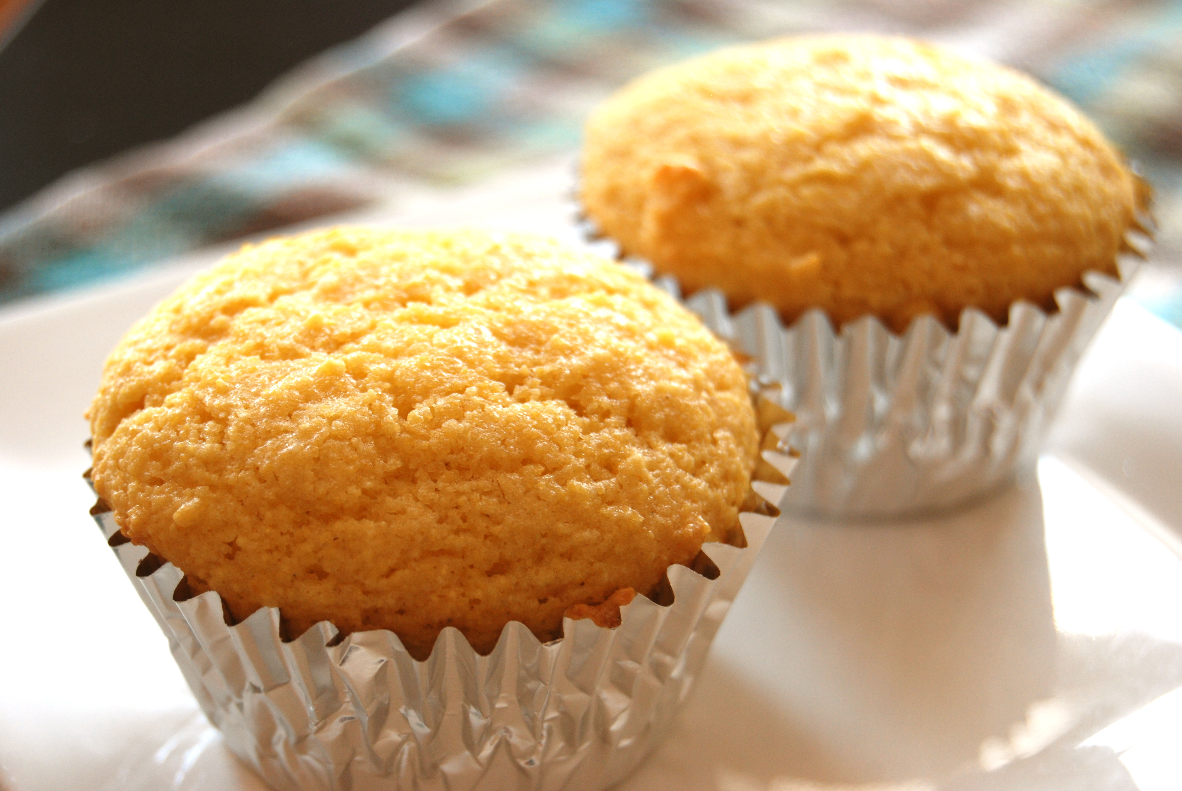Famous Dave's Sweet Corn Bread Muffins - Macaroni and Cheesecake