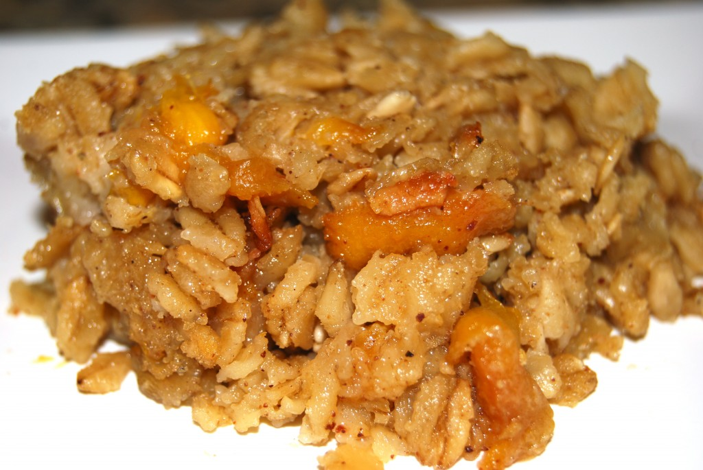 Baked Oatmeal with Fresh Peaches
