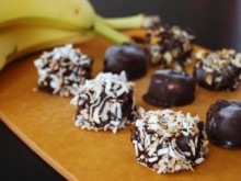 Chocolate PB Frozen Banana Bites