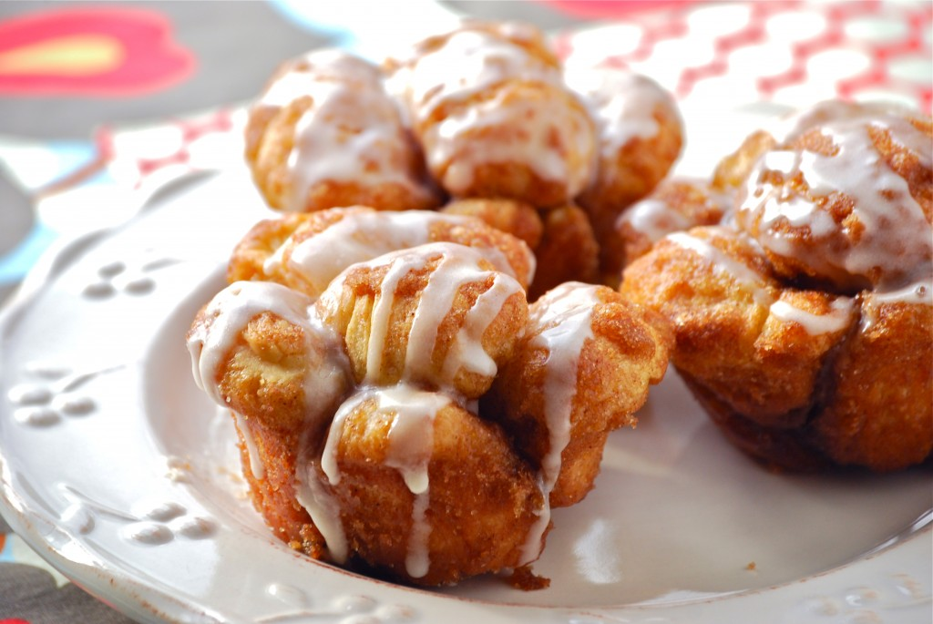 Monkey Bread Muffins - Macaroni and Cheesecake