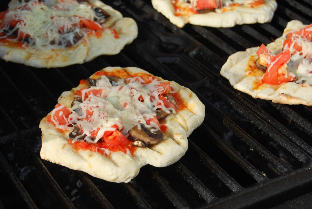 Grilled Pizza (2 of 4)