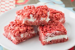 Red Velvet Krispy Treats (5 of 5)