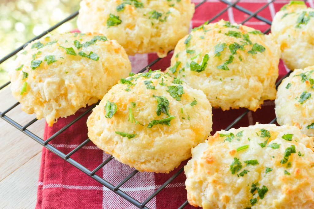 Cheddar Biscuits.1 (2 of 5)