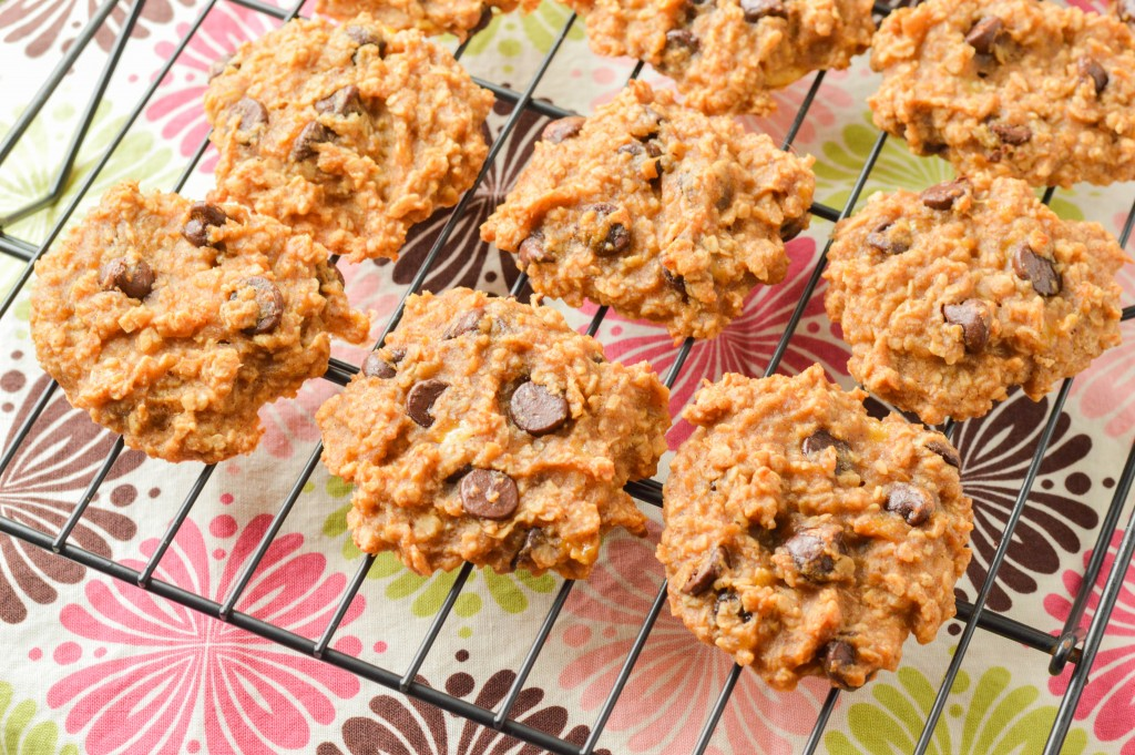 healthy chocolate chip cookies (2 of 7)