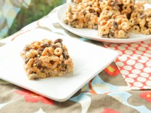 Chocolate Peanut Butter Cheerios Treats {Givewaway}