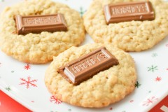 Hershey Bar Cookies {Macaroni and Cheesecake}