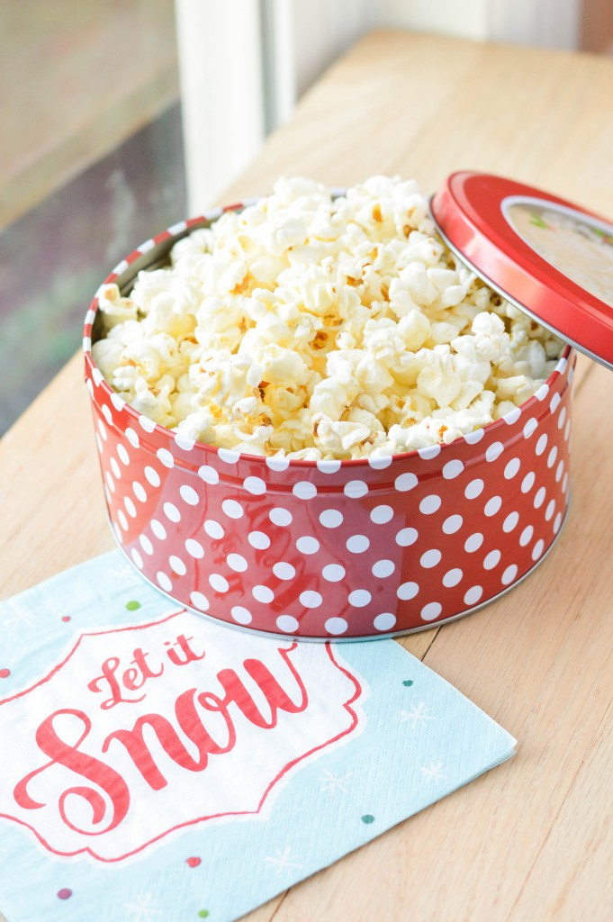 Stovetop Popcorn {Macaroni and Cheesecake}