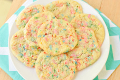 Soft Batch Funfetti Cookies {Macaroni and Cheesecake}